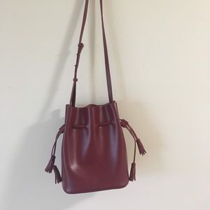 genuine people red bucket leather bag
